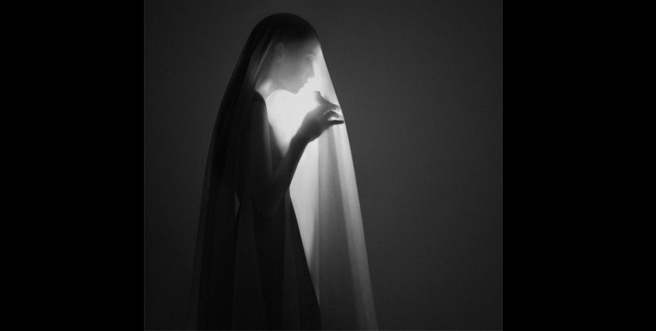 Noell Oszvald, entre ombre et lumière